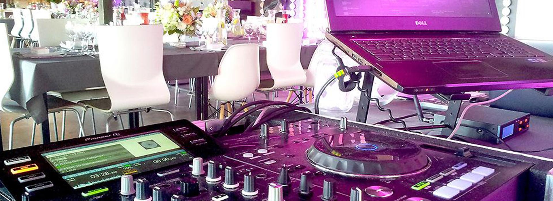 <small>VISOS</small>DJ PASLAUGOS